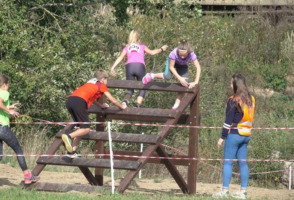 Běžecký-závod-pro-děti-za-podpory-Alfa-Omega-servisu-spol-a-pořadatele-spolku-Sport-Stars-