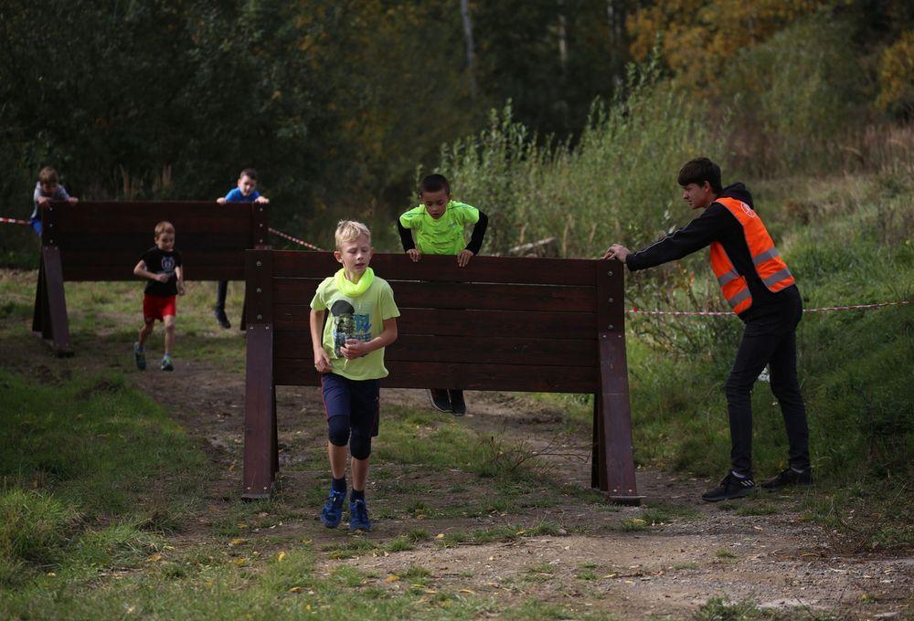 Běžecký-závod-pro-děti-za-podpory-Alfa-Omega-servisu-spol-a-spolupořadatele-MoveFit-GYM
